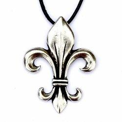 aeaa7d84157a25 Amulett Lilie - Anhänger Fleur de Lys aus dem Mittelalter. Auch Großhandel.  - Pera Peris Mittelalter-Reenactment-Shop