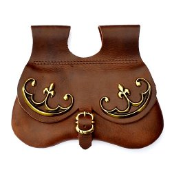 Kidney purse with metal fittings